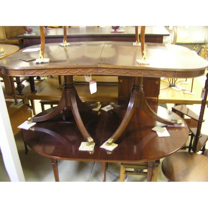 table anglaise en acajou avec 1 allonge sur moinat sa antiquit s d coration. Black Bedroom Furniture Sets. Home Design Ideas