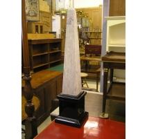 Obelisk ceramic