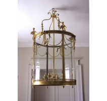 Lantern has to suspend Louis XVI style in