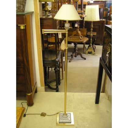 Floor lamp extensible gilt brass and