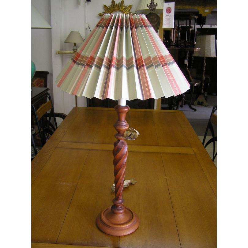 lampe bougeoir pied tourn sur moinat sa antiquit s d coration. Black Bedroom Furniture Sets. Home Design Ideas
