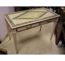 Bureau style Louis XVI en bois laqué