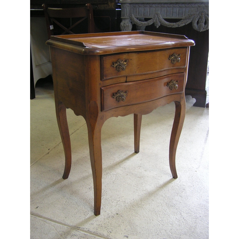 table de chevet style louis xv mod le moinat sa antiquit s d coration. Black Bedroom Furniture Sets. Home Design Ideas