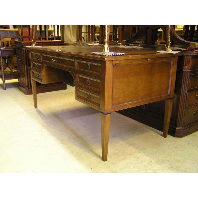 bureau style directoire en merisier sur moinat sa antiquit s d coration. Black Bedroom Furniture Sets. Home Design Ideas