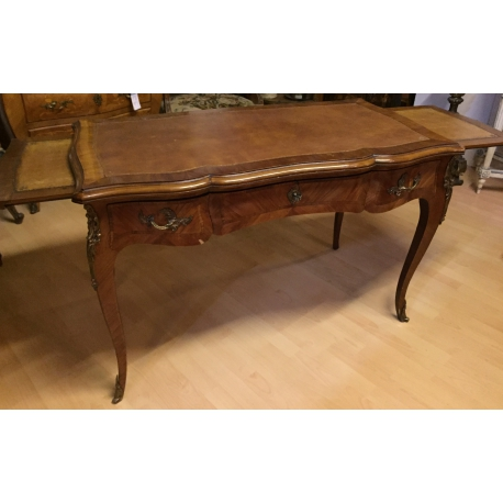 Bureau style Louis XV en bois de rose, - Moinat SA - Antiquités décoration
