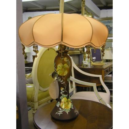 Lampe avec décor fleurs et abat-jour en