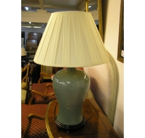 Lamp porcelain green