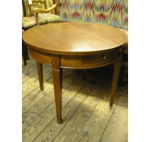 Pedestal table in solid wood