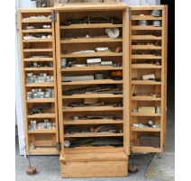 Cabinet watchmaker fir, 2 doors,