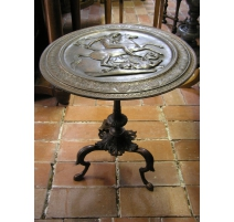 Pedestal table in Neo-classical English metal