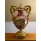 Vase en porcelaine rouge avec bronzes