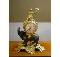 Horloge  Eléphant  en bronze