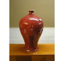 Vase en porcelaine colori sang de boeuf