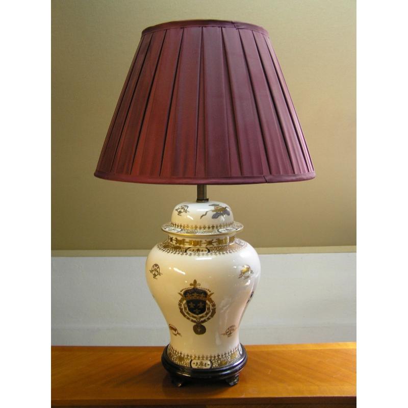 lampe mod le toison en porcelaine sur moinat sa. Black Bedroom Furniture Sets. Home Design Ideas