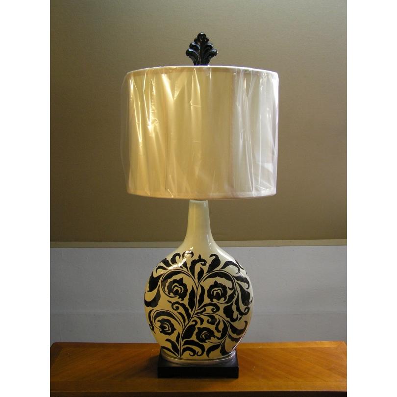 lampe en c ramique beige noire avec sur moinat sa antiquit s d coration. Black Bedroom Furniture Sets. Home Design Ideas