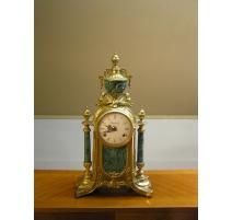 Pendule en bronze et malachite