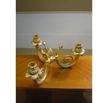 Chandelier doré avec 3 bougeoirs