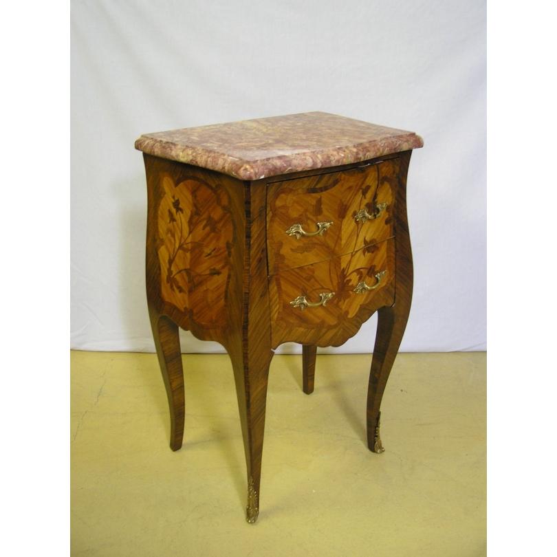 Chevet style Louis XV en bois de rose,