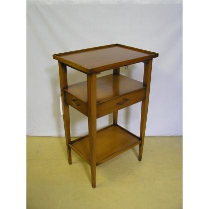Petite table style Directoire, teinte
