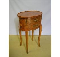 Chevet style Louis XV ovale en bois de