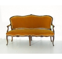 Sofa Louis XV in the bernese.