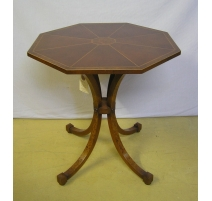 Table en acajou octogonale
