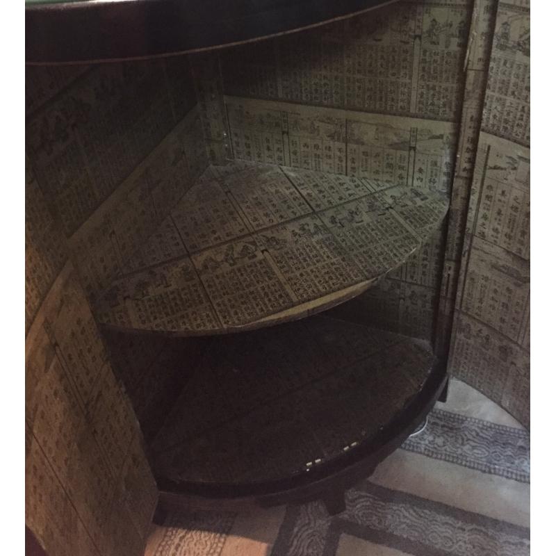 Meuble d 39 angle laqu noir d cor chinois sur moinat sa - Meuble d angle noir ...
