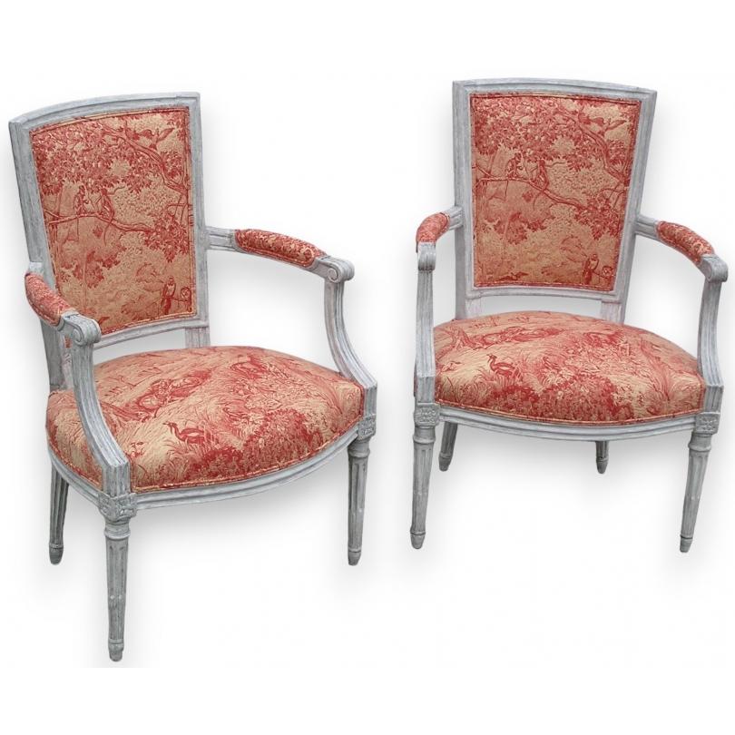Paire de fauteuils Louis XVI cabriolet.