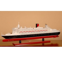 "Model of ship ""Queen Mary II"""