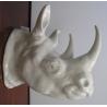 Tête de rhinocéros en porcelaine blanche