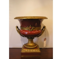 Bowl on foot porcelain-red with