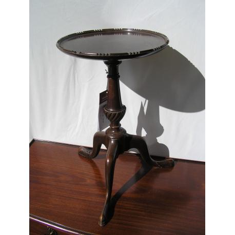 petit gu ridon anglais rond tripode sur moinat sa antiquit s d coration. Black Bedroom Furniture Sets. Home Design Ideas