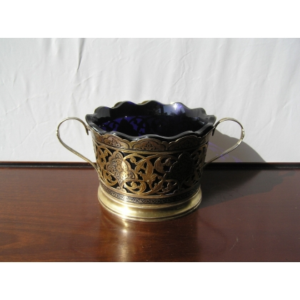 Cup with handles are crystal blue and
