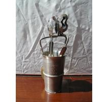 Paire de pinces à escargot en métal