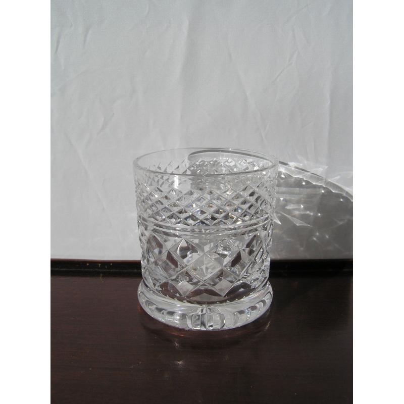 verre en cristal sur moinat sa antiquit s d coration. Black Bedroom Furniture Sets. Home Design Ideas