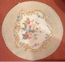 "Tapestry Aubusson round ""flowers"""