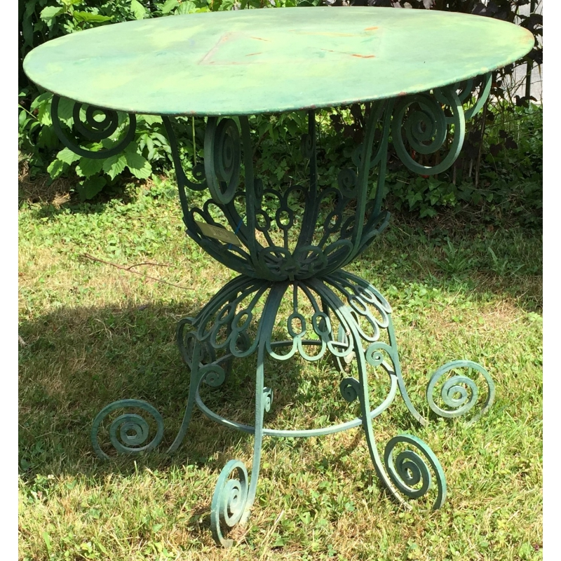 best table de jardin metal verte photos awesome interior home satellite. Black Bedroom Furniture Sets. Home Design Ideas