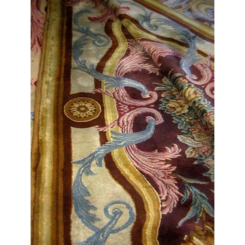 tapis savonnerie avec motif louis xiv sur moinat sa. Black Bedroom Furniture Sets. Home Design Ideas