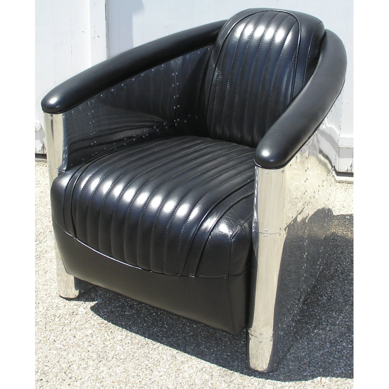 fauteuil club dc3 en alu et cuir noir sur moinat sa antiquit s d coration. Black Bedroom Furniture Sets. Home Design Ideas