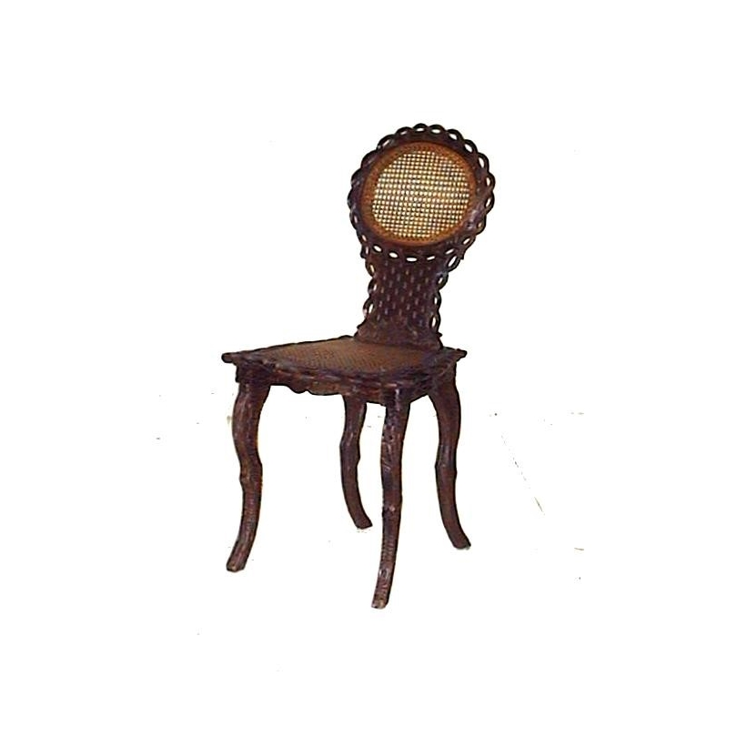 Chaise de Brienz. Dossier et assise cannés.