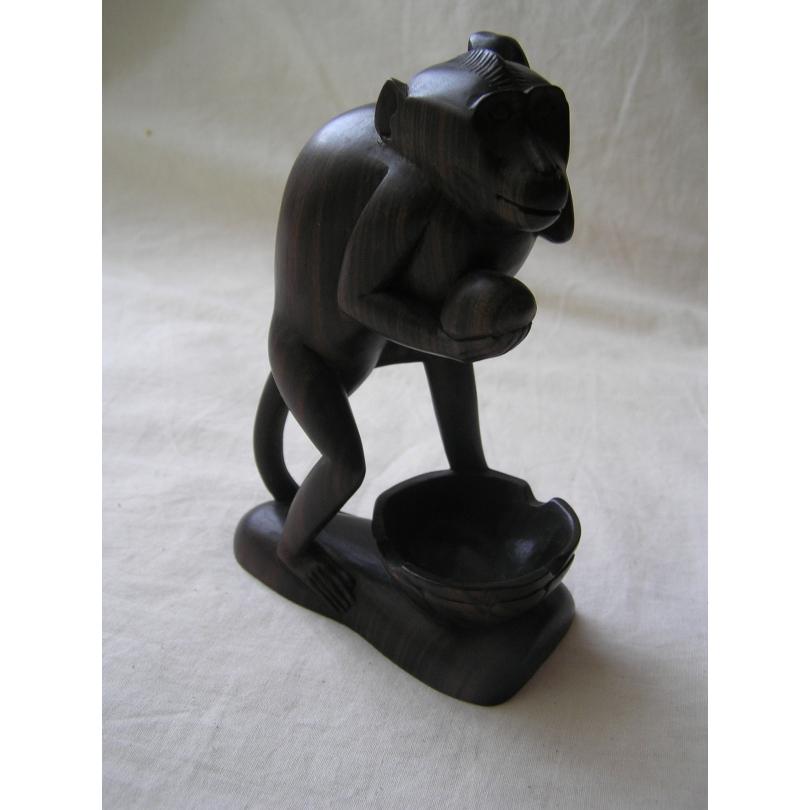 Sculpture en ébène  Singe