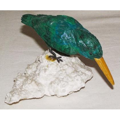 Martin-pêcheur en pierre dure verte