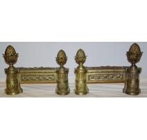 Paire de chenets Louis XVI en bronze