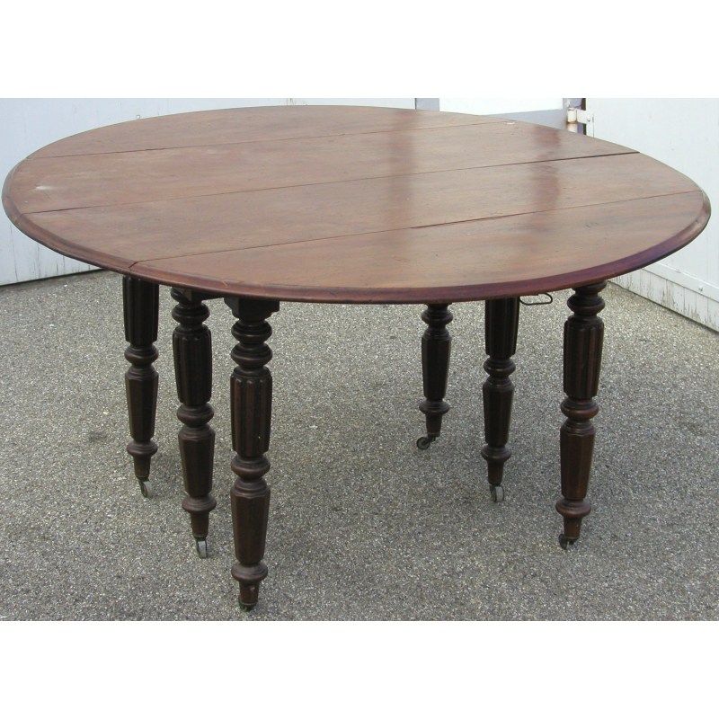 table de salle manger avec 6 pieds torses sur moinat sa antiquit s d coration. Black Bedroom Furniture Sets. Home Design Ideas