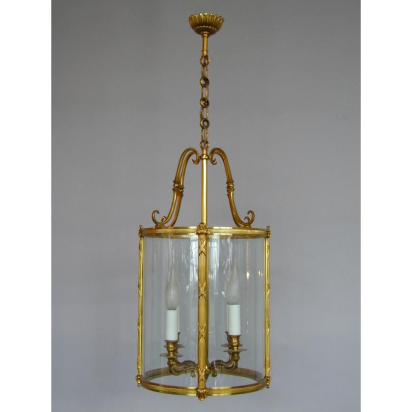 lanterne a suspendre de style louis xvi sur moinat sa. Black Bedroom Furniture Sets. Home Design Ideas