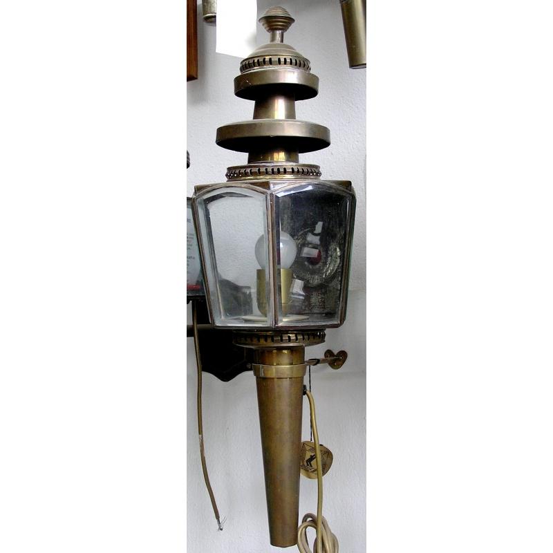 paire de lanternes de fiacre sur moinat sa antiquit s d coration. Black Bedroom Furniture Sets. Home Design Ideas