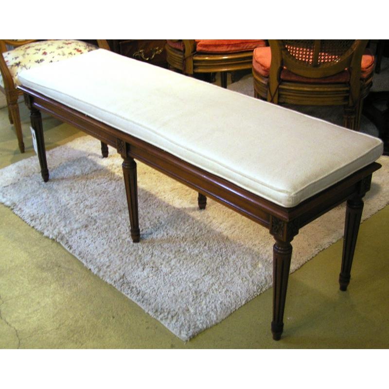 banquette style louis xvi cann e sur moinat sa. Black Bedroom Furniture Sets. Home Design Ideas