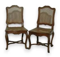 Paire de chaises Régence cannées.