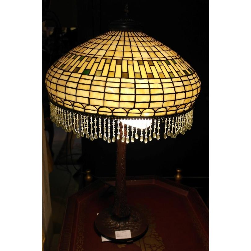 lampe de style tiffany sur moinat sa antiquit s d coration. Black Bedroom Furniture Sets. Home Design Ideas