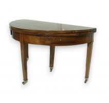 Table demi-lune avec tiroirs sous-ceinture.